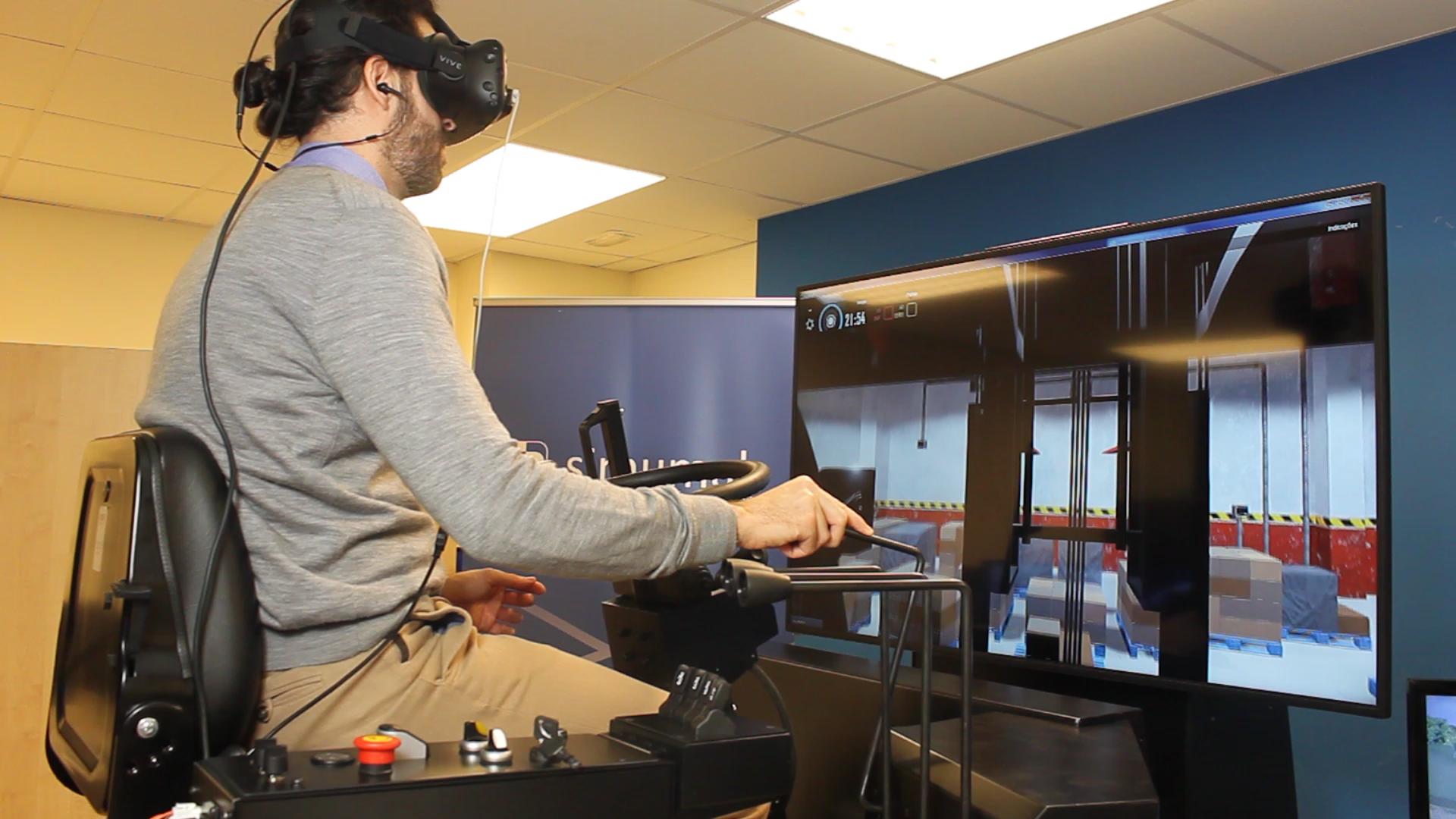 simulador-de-carretilla-elevadora-logsim-avr-incluye-realidad-virtual