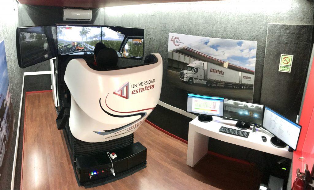 simulador-de-vehiculos-pesados-simestruck-gold-dentro-de-unidad-movil-simumak